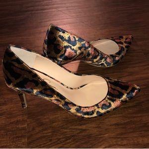 Jessica Simpson pumps size 9.5